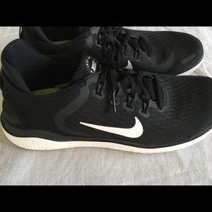 Nike Free RN size 8.5. Women's. Black.